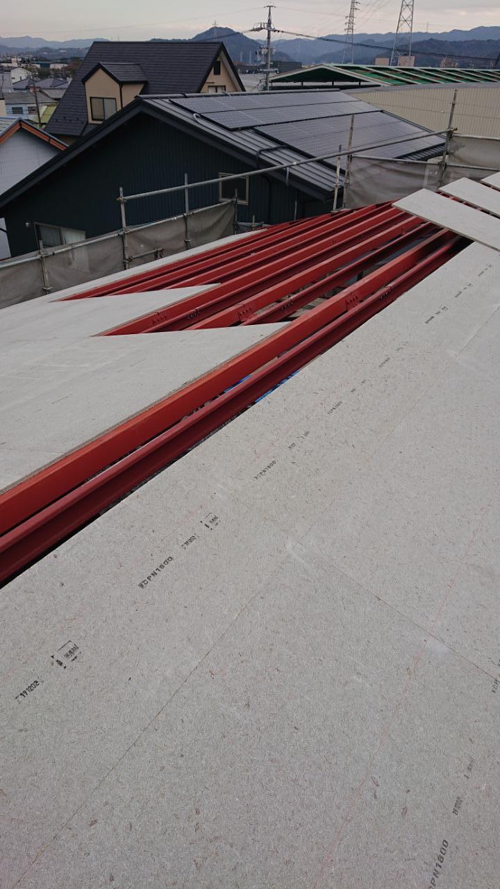 鉄骨物件 屋根